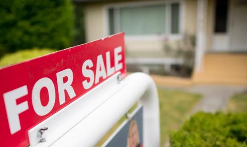 加拿大房屋市场5月销量环比上涨57%,新移民该买房吗?