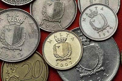 马耳他经济发展迅速的原因有哪些