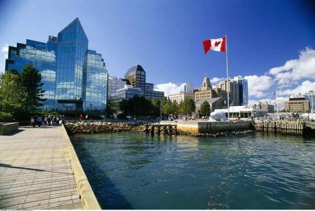 加拿大BC雇主担保移民洲巡出国