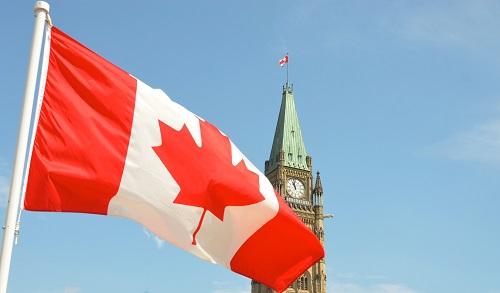 2020年加拿大移民政策中,哪个项目条件简单周期快?