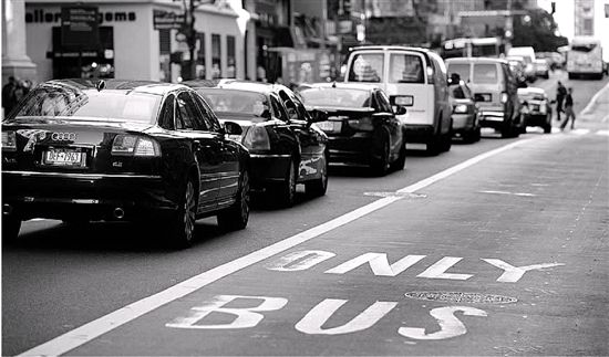 美国改变出行方式,汽油将限量销售