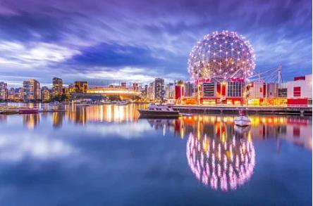 加拿大温哥华移民