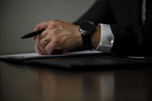 有过犯罪记录的人还能申请加拿大工作许可证吗?