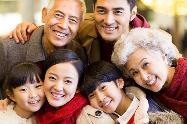 父母跟随子女移民海外生活需要注意什么?洲巡出国
